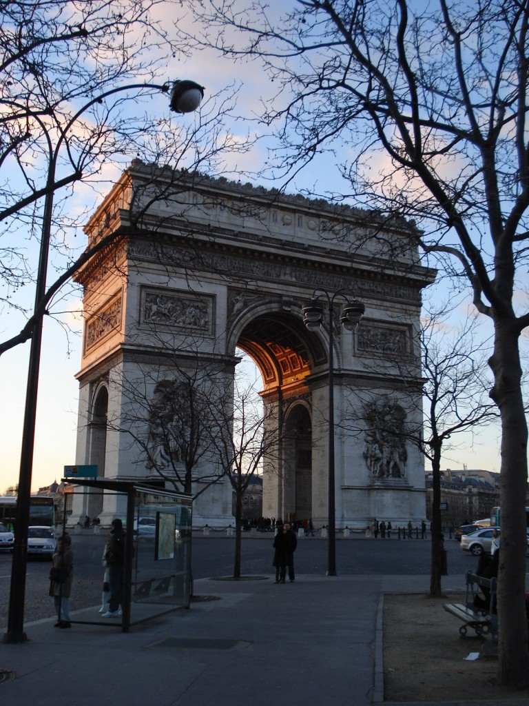 Arc du Triomphe, Paris. By Packing my Suitcase.