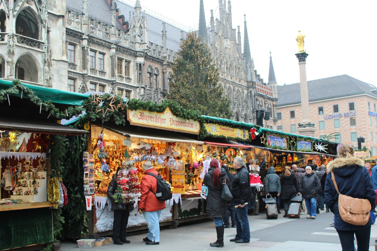 christmas markets in munich packing my suitcase. Black Bedroom Furniture Sets. Home Design Ideas