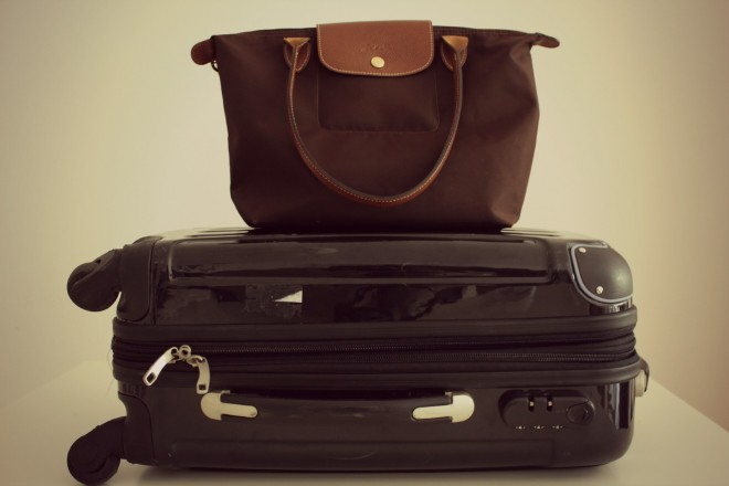 Tips to make flying less stressful, by Packing my Suitcase.