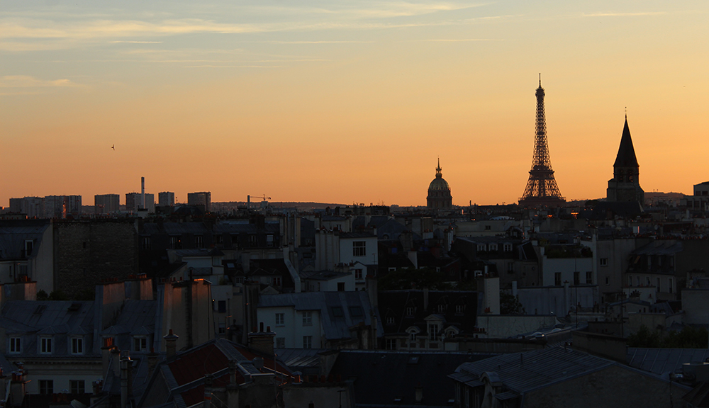 View from the 43 up on the roof, Paris