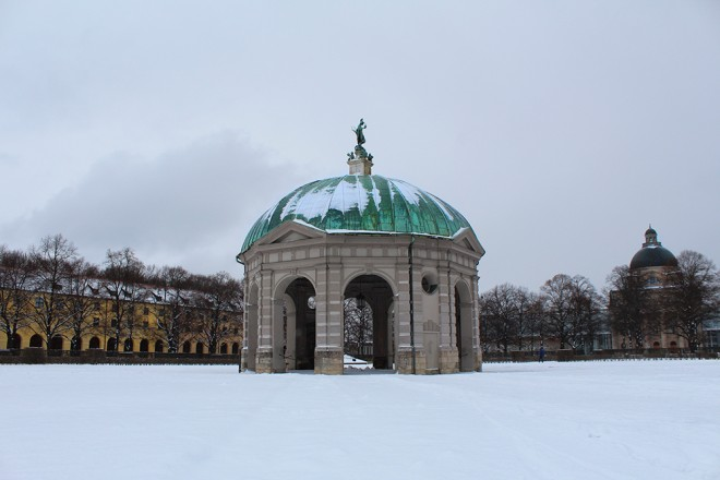 Hofgarden with snow, Munich