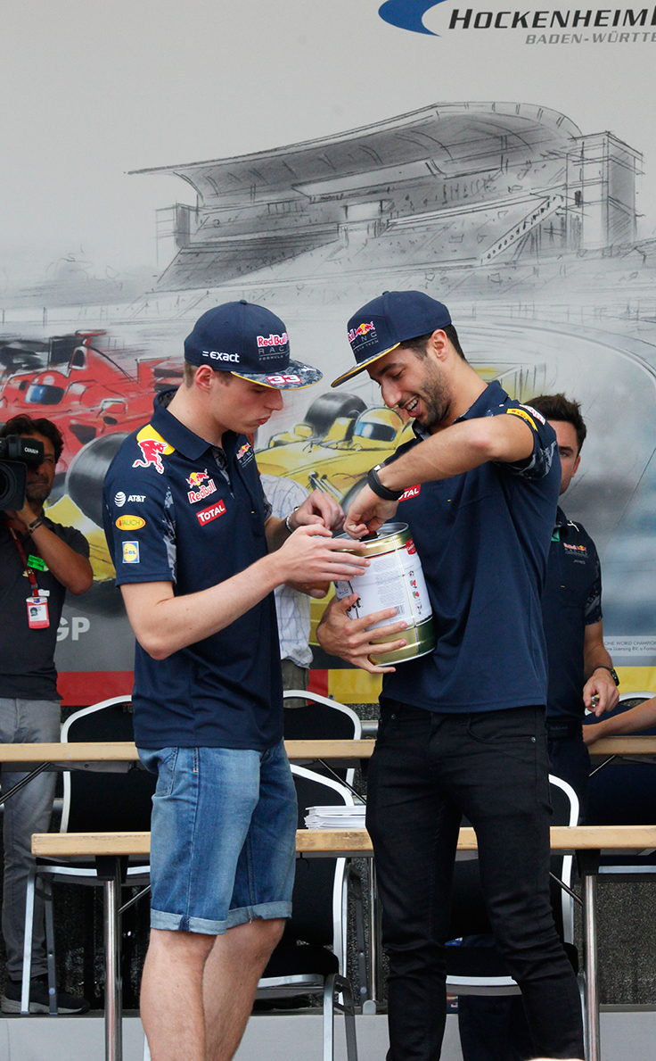 Max Verstapen and Daniel Ricciardo in Hockenheim 2016