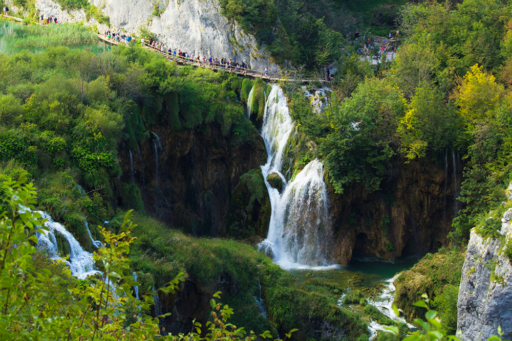 Essential tips for visiting the Plitvice Lakes National Park